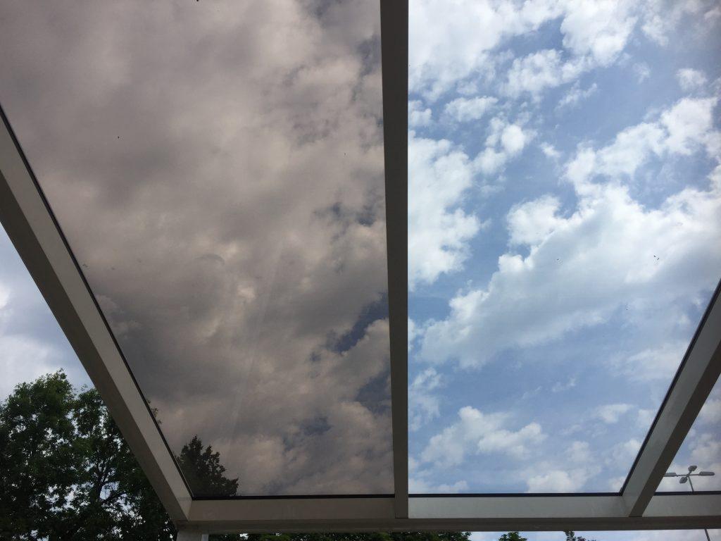 Gardenis stogines stiklo dangos spalvos