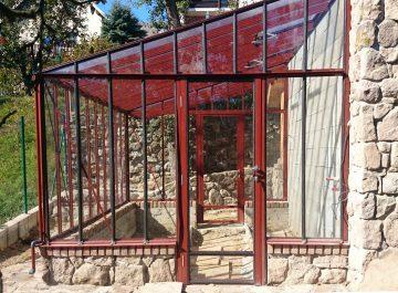 Aliuminio siltnamis prie sienos Murus - Gardenis