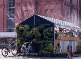 lauko-kavine-poznan-veranda-gardenis-1