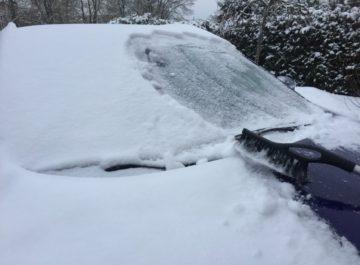 Stogas-automobiliui-ziema