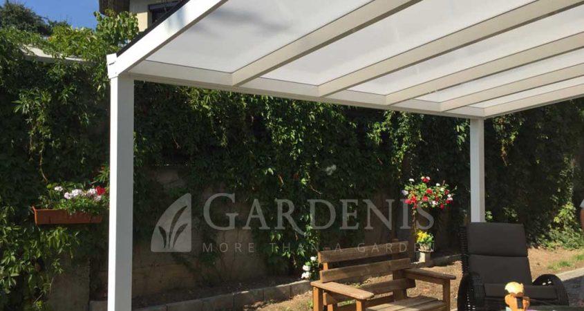 Balta-stogine-terasai-Gardenis-write-terrace-roof