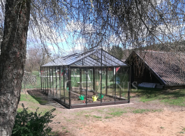 Rudas-siltnamis-stiklinis-Gardenis-Ventus