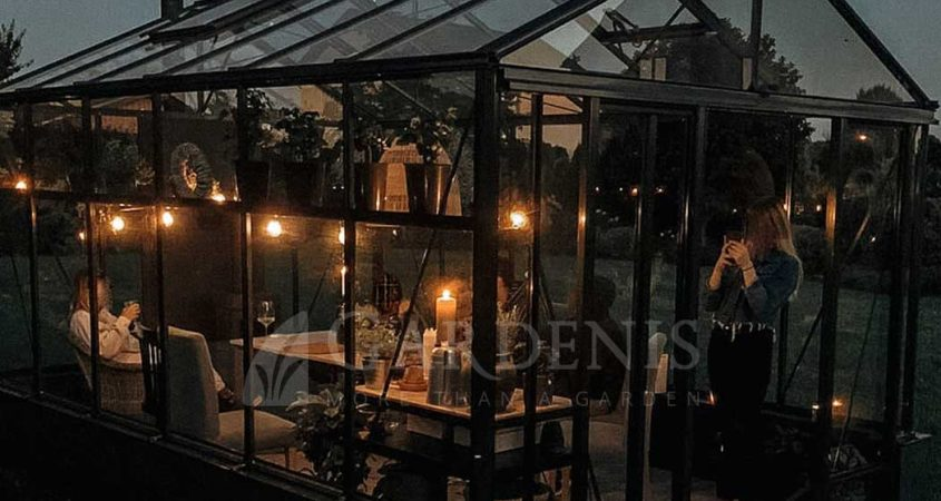VENTUS-on-Wall-greenhouse-siltnamis-vaxthus-siltumnica-kasvuhoone-Ieva
