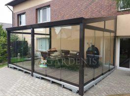 Veranda-su-bereme-terasos-stiklinimo-sistema-Gardenis
