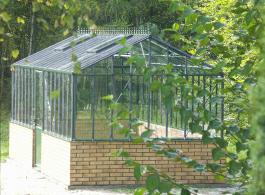 victoria-greenhouse-2