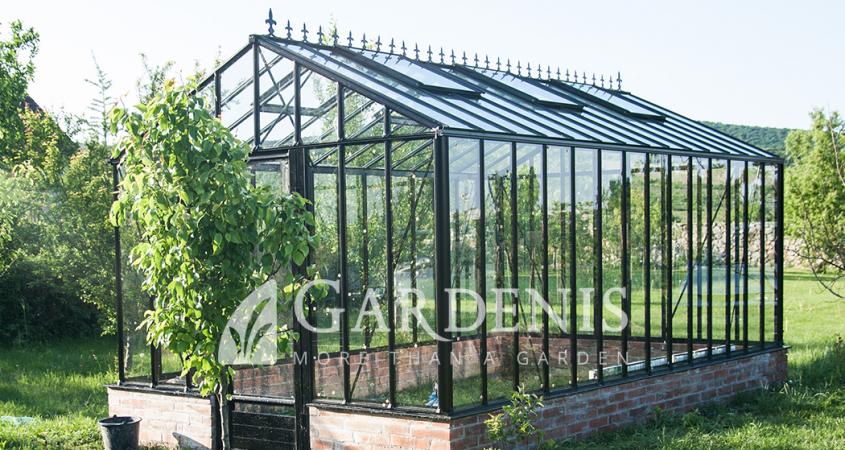 victoria-siltnamis-gardenis