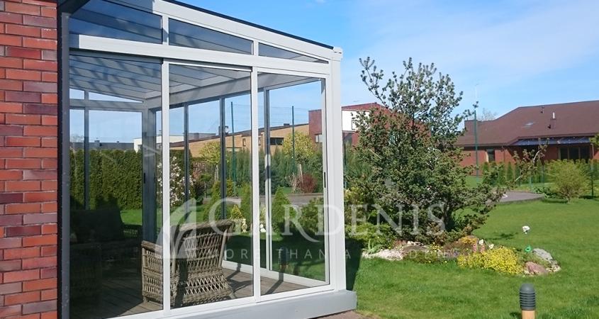 Remine-stiklinimo-sistema-verandai-Gardenis