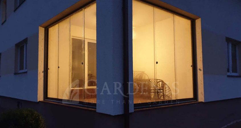 Stikline-sienele-terasai-verandu-stiklinimas-Gardenis