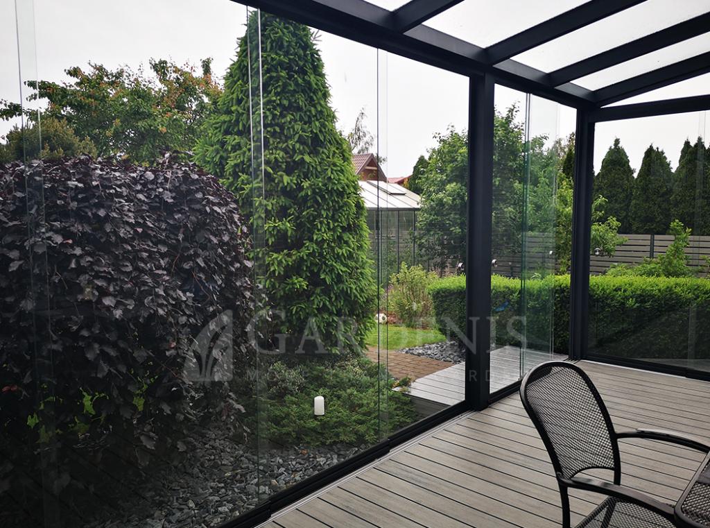 Beremes stiklinimo sistemos terasoms ir verandoms Gardenis