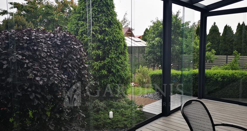 Stikline-veranda-sliding-frameless-glass-systems-Gardenis