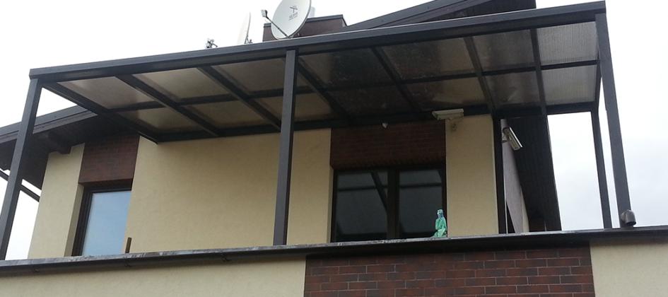 Stogine ant balkono terasos Gardenis