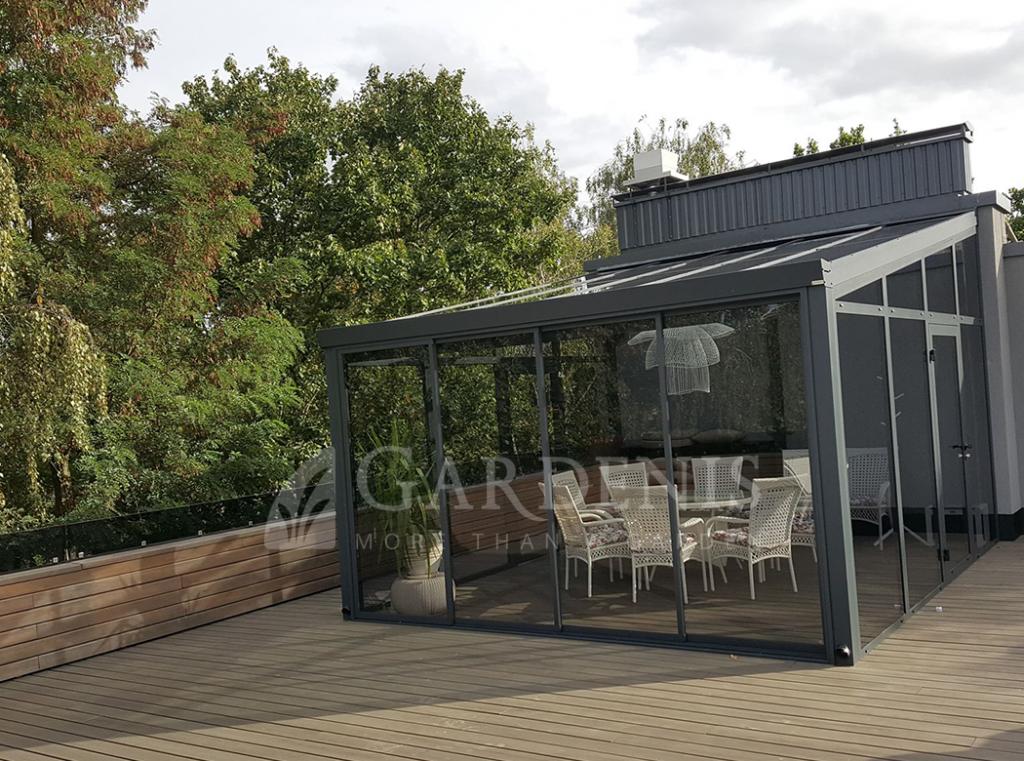 Veranda stogo terasoje Gardenis