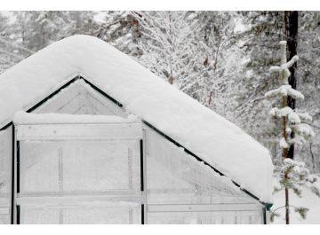 siltnamio valymas nuo sniego