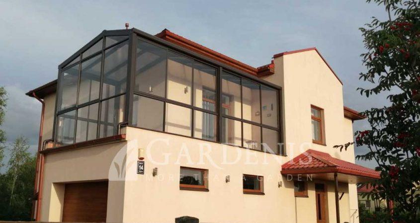 VERANDA-balkone-Gardenis-stogine-RAL8019