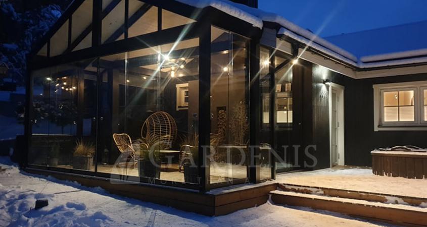 Veranda bereme frameless glazing terrace Gardenis