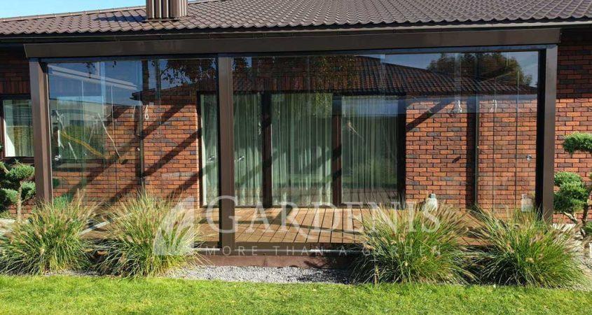 Veranda-stikline-bereme-Gardenis