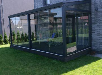 Berėmė terasos ar verandos stiklinimo sistema Gardenis